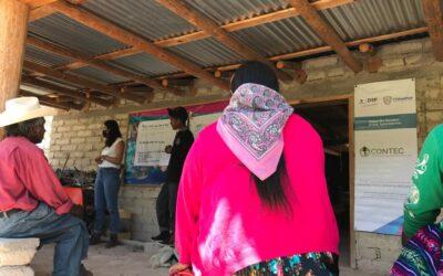 Plática sobre prevención del embarazo adolescente para la comunidad de Huitosachi