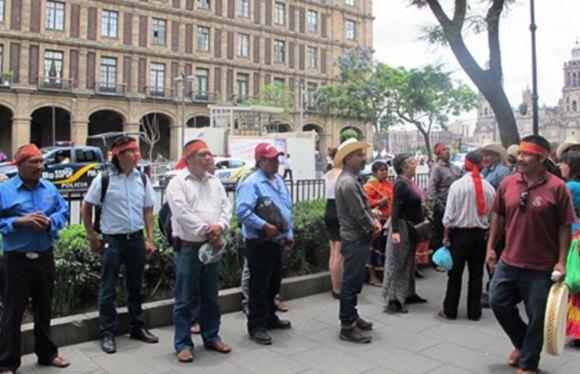 """""""Venimos a México no por colores, sino por nuestros derechos"""": Tarahumaras"""