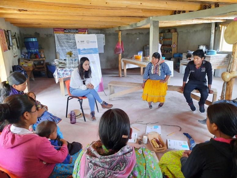 Taller para promotores de la comunidad de Huitosachi: Identidad y violencia