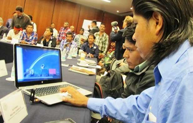 Instalan mesa del Senado en la Sierra Tarahumara